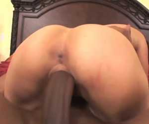 Attractive Japanese Babe Sucking Black Meat With Jessica Bangcock