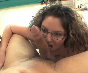 Curvy MILF Filling Pussy With Dick With Kiki Daire