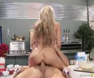 Cock Simple Cooking With Sindy With Sindy Lange, Johnny Sins