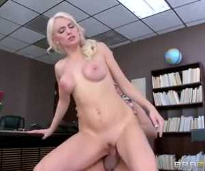 Fucking Clueless With Kenzie Taylor & Xander Corvus