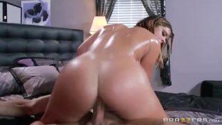 Slutty Sitter With Keisha Gray & Invoice Bailey