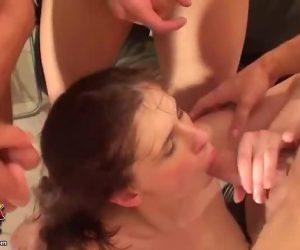 She Likes Double Penetration