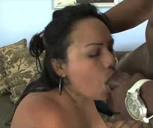 Chubby Latina Hood Rat Using Dick With Marabella Del Mar