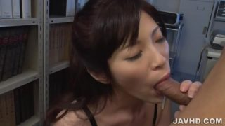 SLim Sara Yurikawa Offers Wonderful Japanese Blowjobs