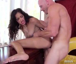 Quick Instances Fantasy With Chloe Amour & Johnny Sins